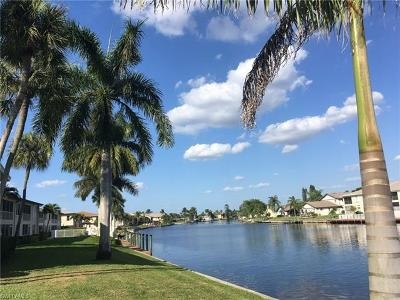 Cape Coral Condo/Townhouse For Sale: 4423 Country Club Blvd #C2