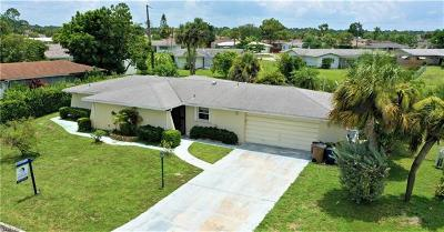 Lehigh Acres Single Family Home For Sale: 107 E Lake Dr