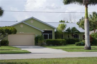Lehigh Acres Single Family Home For Sale: 723 Milwaukee Blvd