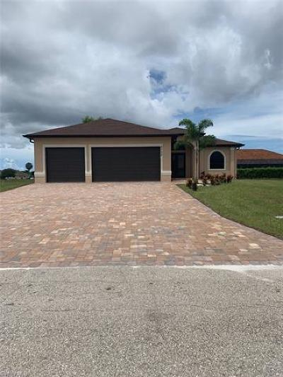 Cape Coral Single Family Home For Sale: 2730 NW 41st Pl
