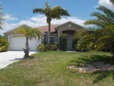 Cape Coral Single Family Home For Sale: 1521 NE 13th Ave #1
