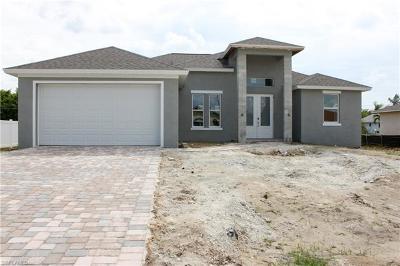 Cape Coral Single Family Home For Sale: 3744 SW Santa Barbara Pl