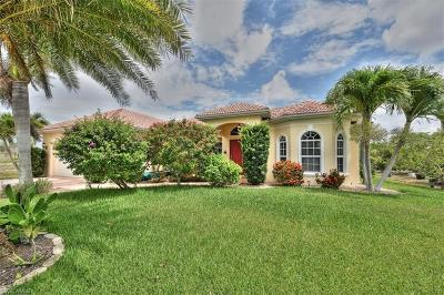 Cape Coral Single Family Home For Sale: 3413 Embers Pky W
