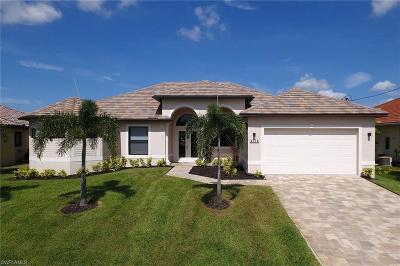 Cape Coral Single Family Home For Sale: 4004 SW 27th Ave