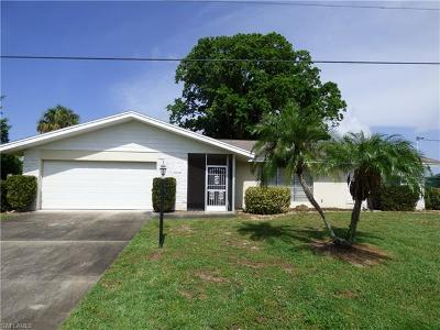 Lehigh Acres Single Family Home For Sale: 13 Lincoln Ave