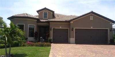 Estero Single Family Home For Sale: 20685 Corkscrew Shores Blvd