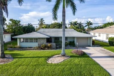 Cape Coral Single Family Home For Sale: 510 SW 51st Ter