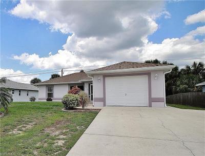 Punta Gorda Single Family Home For Sale: 2610 Camellia Ter