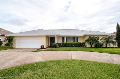 Cape Coral Single Family Home For Sale: 2255 SE 27th Ter