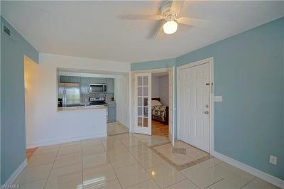 Fort Myers Condo/Townhouse For Sale: 2885 Winkler Ave #620