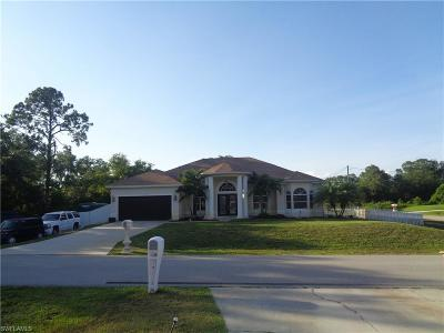 Lehigh Acres Single Family Home For Sale: 3707 E 14th St