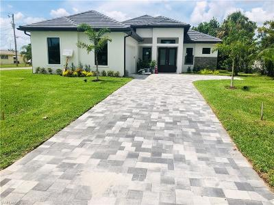 Cape Coral Single Family Home For Sale: 1614 Cornwallis Pky