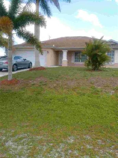Cape Coral Single Family Home For Sale: 402 NW 13th Ter