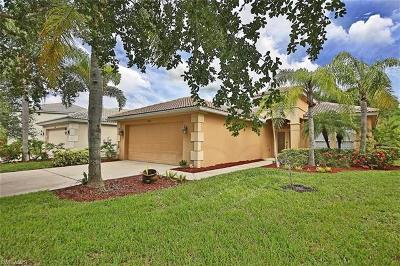 Estero Single Family Home For Sale: 9866 Colonial Walk S
