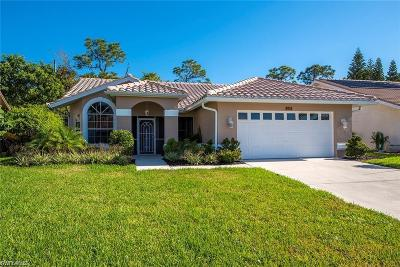 Naples Single Family Home For Sale: 137 Saint James Way