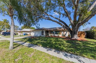 Fort Myers Single Family Home For Sale: 1455 Carmelle Dr