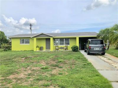 Lehigh Acres Single Family Home For Sale: 1504 Markdale St E