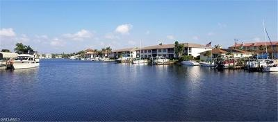 Cape Coral Condo/Townhouse For Sale: 1613 SE Beach Pky #2