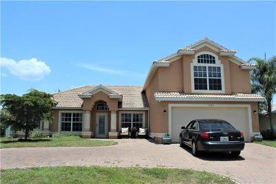 Cape Coral Single Family Home For Sale: 1905 SW 51st Ter
