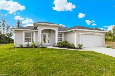 Cape Coral Single Family Home For Sale: 919 NW 12 Ave