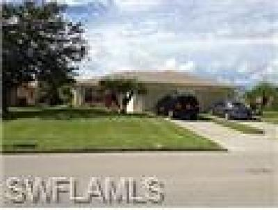 Cape Coral Multi Family Home For Sale: 610/612 SE 8th St