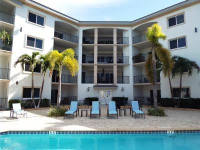 Naples Condo/Townhouse For Sale: 1100 Pine Ridge Rd #B306
