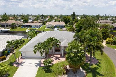 Cape Coral Single Family Home For Sale: 3316 SE 18th Ave