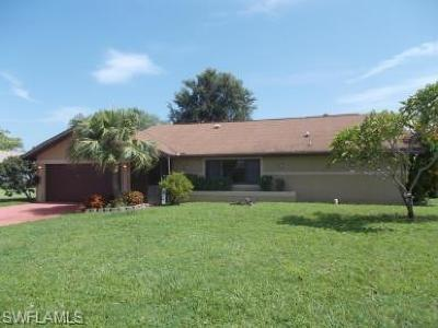 Cape Coral Single Family Home For Sale: 1923 SE 1st St