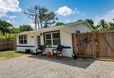 Bonita Springs Single Family Home For Sale: 10016 Delaware Street