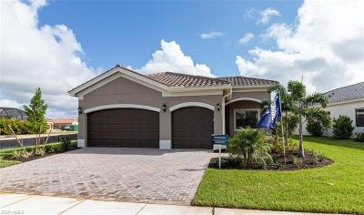 Fort Myers Single Family Home For Sale: 10044 Chesapeake Bay Dr