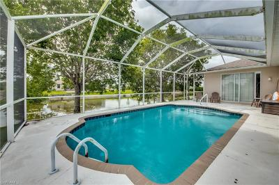 Cape Coral Single Family Home For Sale: 3713 SW 11th Ct