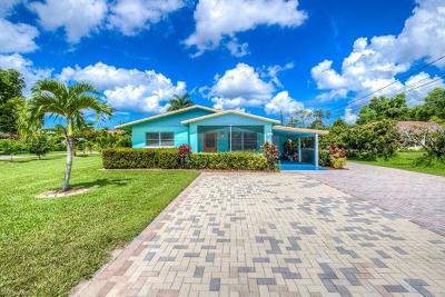 Bonita Springs Multi Family Home For Sale: 27820/822 Michigan St