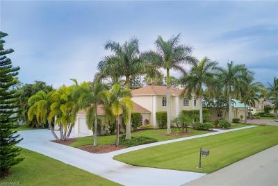 Fort Myers Single Family Home For Sale: 7904 Eagles Flight Ln