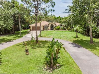 Fort Myers Single Family Home For Sale: 6270 Briarwood Ter