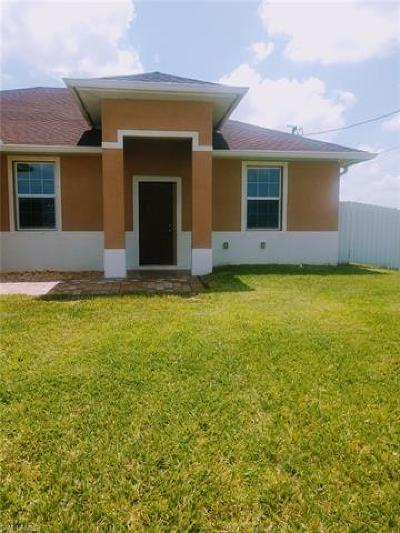 Cape Coral Single Family Home For Sale: 905 NW 15th Pl