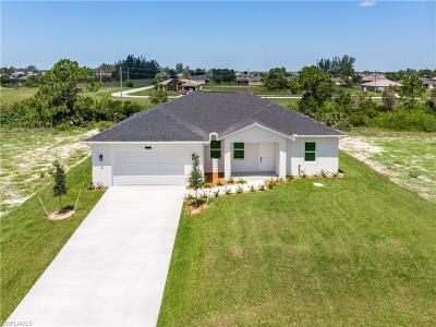 Cape Coral Single Family Home For Sale: 1404 NW 16th Pl
