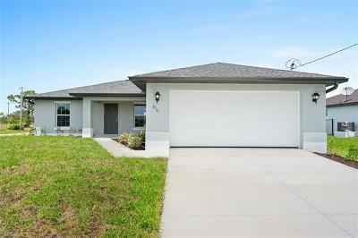 Cape Coral Single Family Home For Sale: 1825 NW 8th Pl