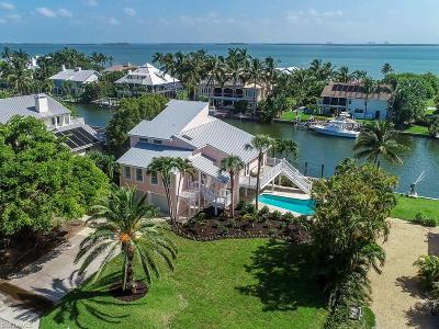 Sanibel, Captiva Single Family Home For Sale: 1230 Bay Dr