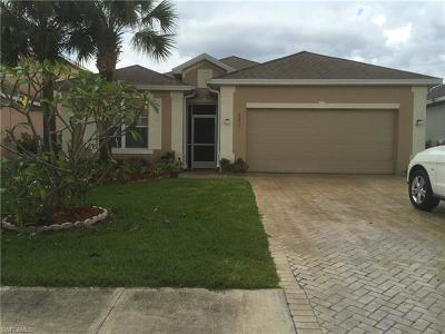 Lehigh Acres Single Family Home For Sale: 8050 Silver Birch Way