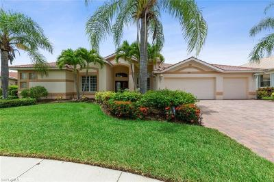 Fort Myers Single Family Home For Sale: 7957 Gator Palm Dr