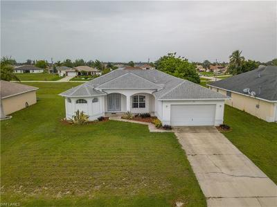 Cape Coral Single Family Home For Sale: 1621 NW 17th Ter
