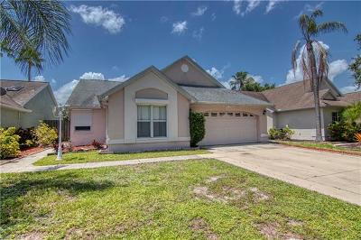 Fort Myers Single Family Home For Sale: 15270 Cricket Ln