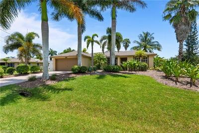 Fort Myers Single Family Home For Sale: 2164 Barbados Ave