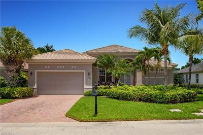 Fort Myers Single Family Home For Sale: 8882 Crown Colony Blvd