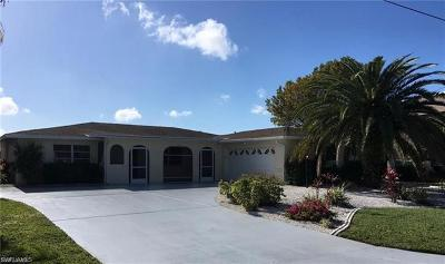 Cape Coral Single Family Home For Sale: 1738 Sandy Cir #A-B