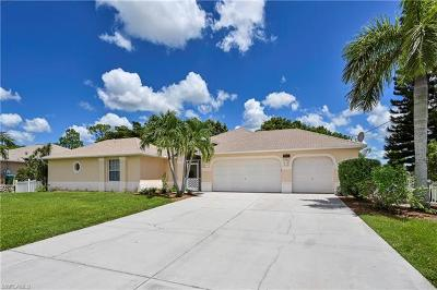 Cape Coral Single Family Home For Sale: 2707 NW 22nd Ter