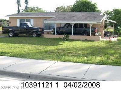 Lehigh Acres Single Family Home For Sale: 120 Lee Blvd