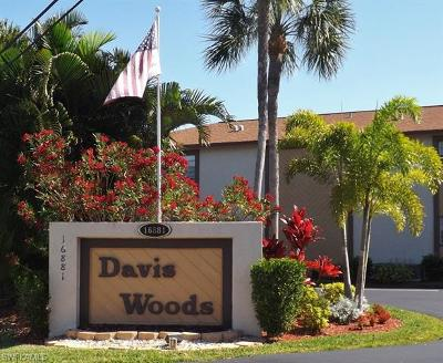 Fort Myers Condo/Townhouse For Sale: 16881 Davis Rd #112
