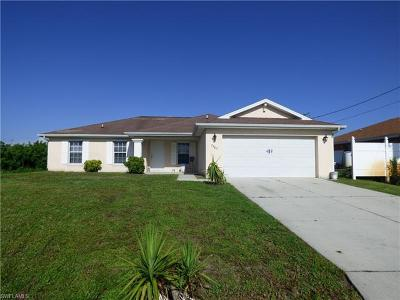 Lehigh Acres Single Family Home For Sale: 2902 Alan Ave S
