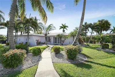 Cape Coral Single Family Home For Sale: 4815 SW 3rd Ave